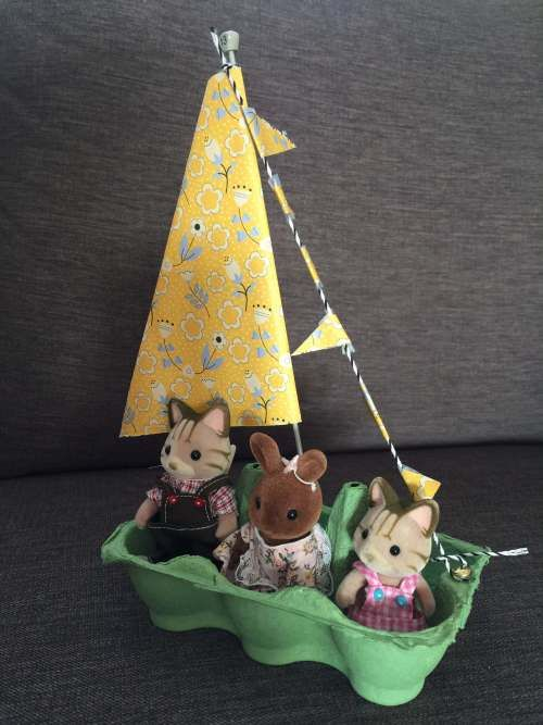 Sylvanian Families egg box boat craft