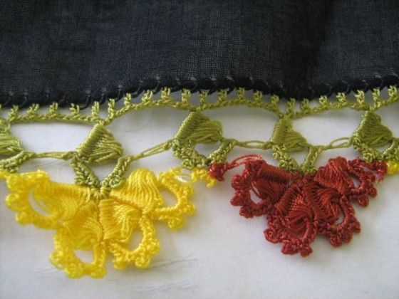 sarı kırmızı mekik çember oya modeli