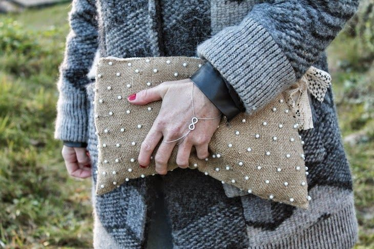 outfit with my bag  #homemade #bag #purses #juta #accessories  #shoes #ankleboots #booties #fashion #fashionblogger #style #outfit #fashionblog #coat #winter #winterfashion #accessories