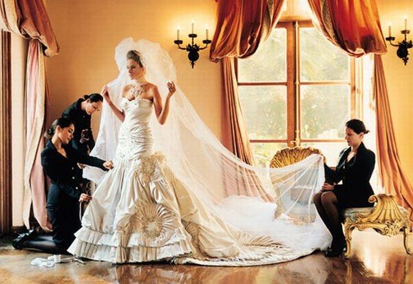 Melania Knauss Trump: The John Galliano Wedding Gown Was