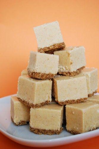Pumpkin Pie Fudge - I would make this JUST to see how it tastes.  Love pumpkin!