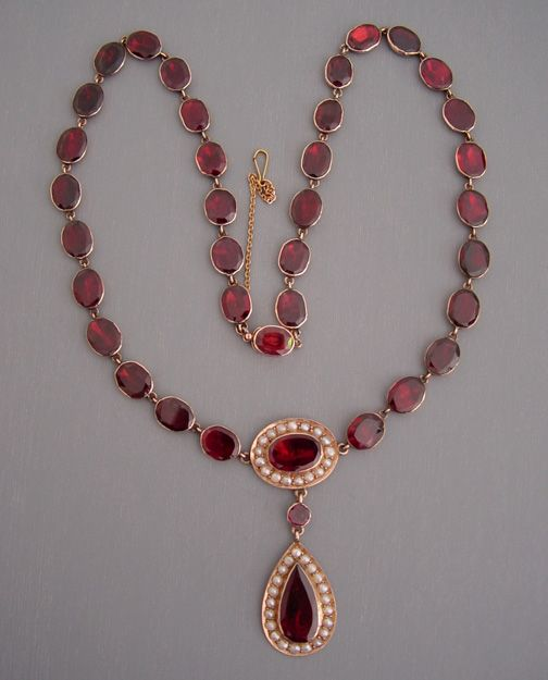 Regency era garnets. English, 9k yellow gold, flat cut garnet and seed pearls necklace with closed back settings