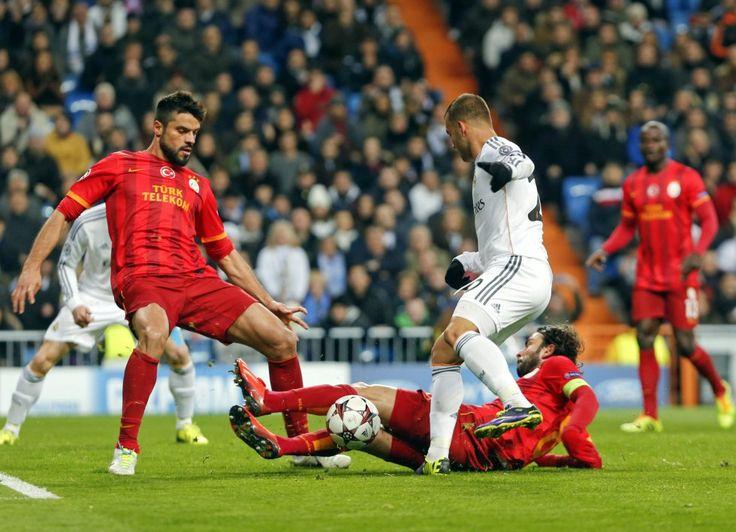 FUTBOL/SOCCER; UEFA CHAMPIONS LEAGUE: Crónica REAL MADRID 4 GALATASARAY 1. TODOS LOS RESULTADOS.