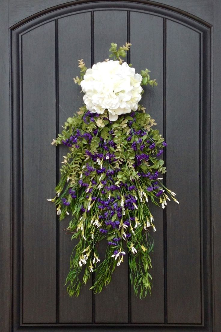 We love this spin on a traditional wreath