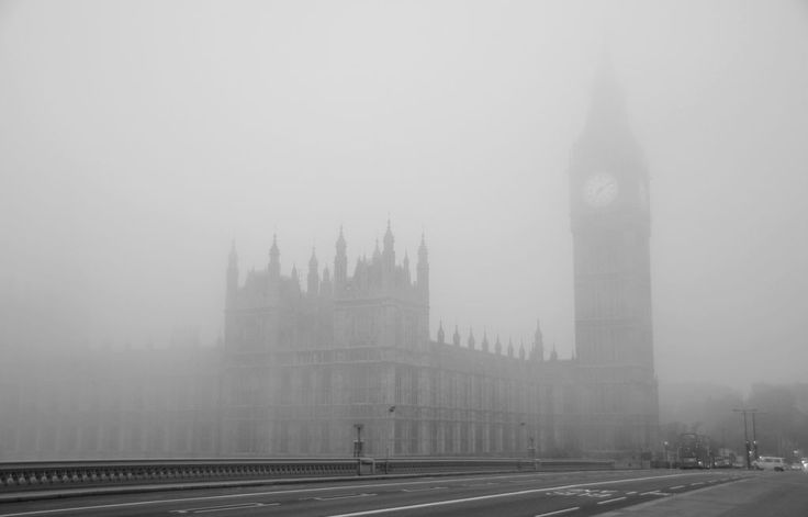 London, Westminster, Monday 2 November 2015  A thick blanket of fog wrapping London and much of South England this morning, causing disruption to flights and transports …  Happy start of the week from London Town!