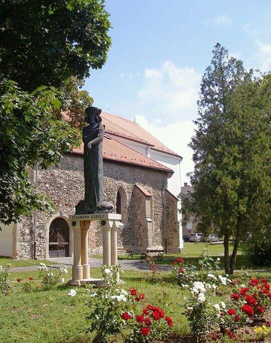 Zsigmond király szobra-Pásztó