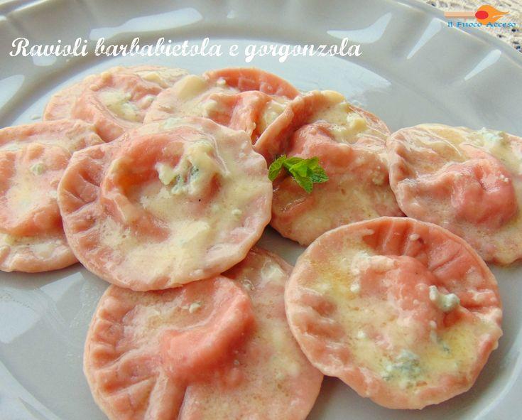 Un sapore insolito e stuzzicante nei ravioli barbabietola e gorgonzola.