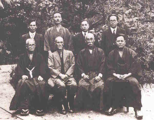 goju ryu | primeiro nome do Goju-ryu Karate-do foi: GOJU-RYU TO-DE KEMPO ...