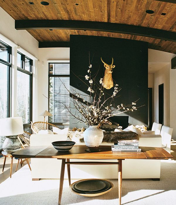Aerin Lauder's Aspen home... Classic style as expected...