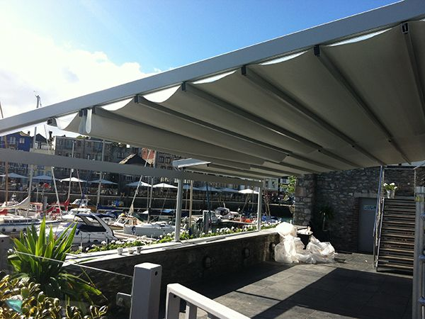 To give you an idea of the many different types of awnings, canopies and pergolas available and that we have installed, below is a sample of some of the work that we have completed. Just click on an image to see a larger view