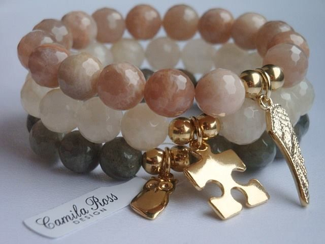 https://www.facebook.com/pages/Camila-Ross-Design/353092698126309