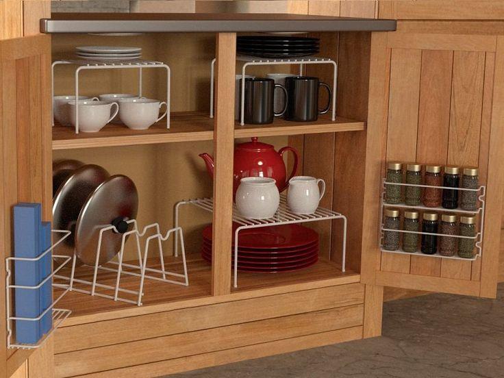 Dicas para aproveitar o espaço dos armários de cozinha