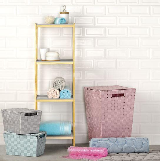Procura um novo look para a sua casa de banho? Descubra estas e outras sugestões no novo catálogo, em www.deborla.pt