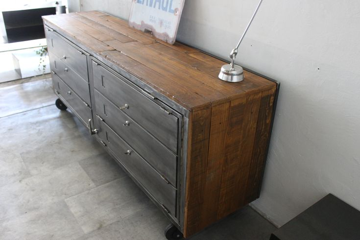 1000 id es sur le th me casier vestiaire sur pinterest for Meuble cabinet industriel