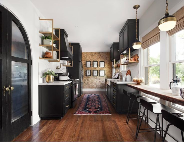 30 Farmhouse Kitchen With New England Fieldstone Accent Wall Home Kitchens Fixer Upper Kitchen Kitchen Inspirations