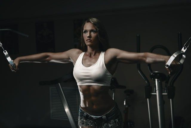 3 Best Workouts For Women Who Want Sexy Shoulders