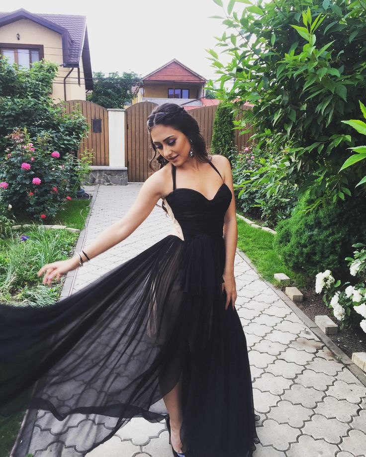 #blackdress #classy