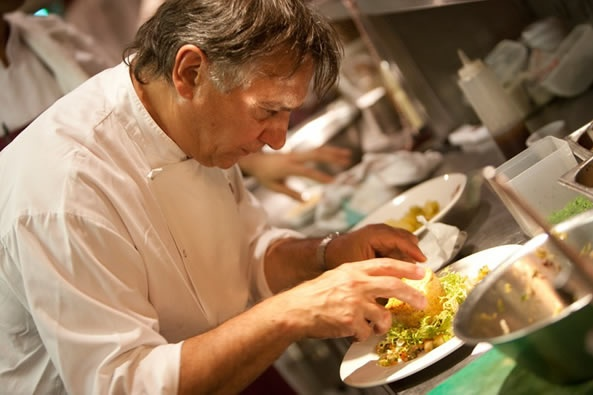 Brasserie Blanc opens in Farnham :) Love Raymond Blanc's cuisine - interesting to see how the new brasseries fare.