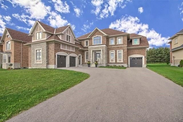 Luxurious & Elegant 4+2 Detached Home In The Prestigious&Most Desired Gated Community Of The Estates Of Wyndance