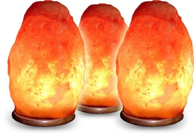 9 Feng Shui Earth Element Decorating Tips: HImalayan Salt Lamp and Candle Holders