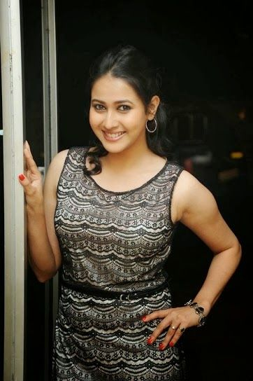Find here the most recent beautiful, cute, dashing , stylish, lovely, deshi, cute bhabi photos. celebrities photo from india she is Ponshi borah