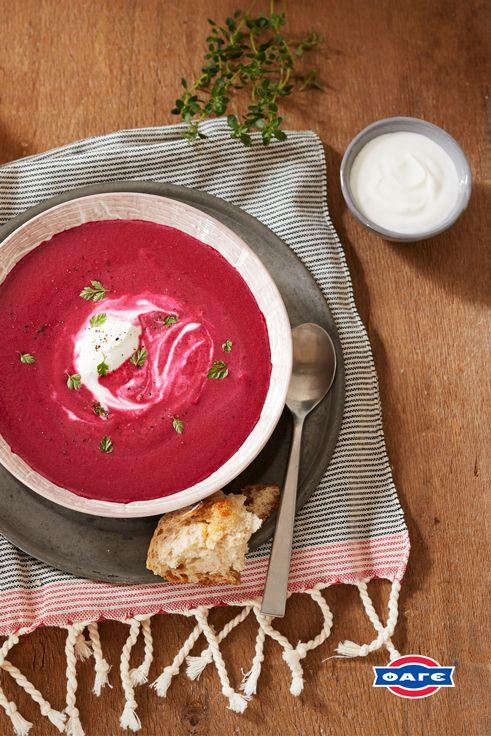 Μία πλούσια κουταλιά Total δε μπορεί να λείπει από μία σούπα παντζαριών, κρύα ή ζεστή.