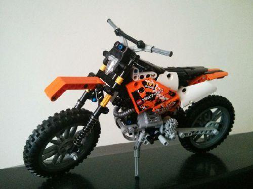 best 25 lego moto ideas on pinterest lego cars lego. Black Bedroom Furniture Sets. Home Design Ideas