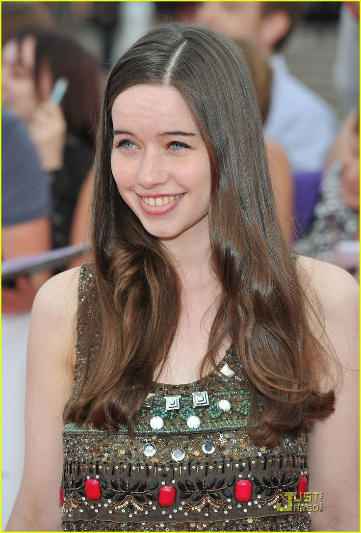 64 Best Images About Anna Popplewell On Pinterest  Sexy -5420