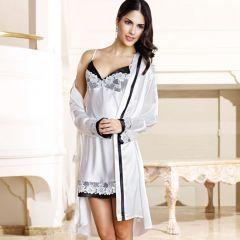Nurteks 5334 Kimono Takım. %82 Polyamide % 18 Elastan'dan oluşmuştur.Ütülenmez ve de sıkmadan asarak kurutulur. 30 derecede elde yıkanabilir