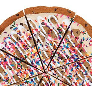 Baskin-Robbins | Chocolate Chip Cookie Dough Polar Pizza