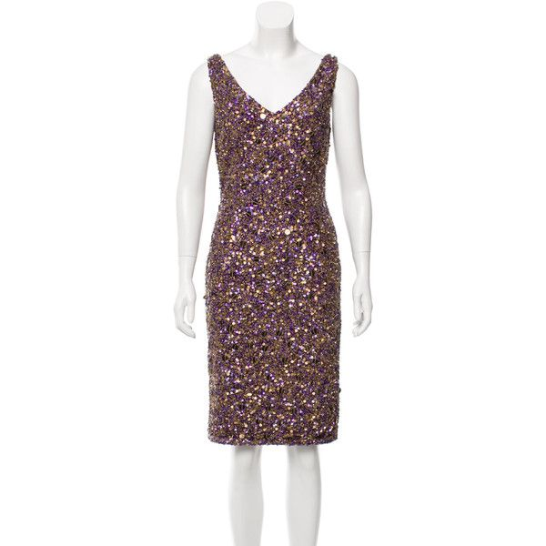 Pre-owned Theia Sequined Bodycon Dress ($175) ❤ liked on Polyvore featuring dresses, gold, sequin dress, gold bodycon dress, v neck dress, body con dress and bodycon dress