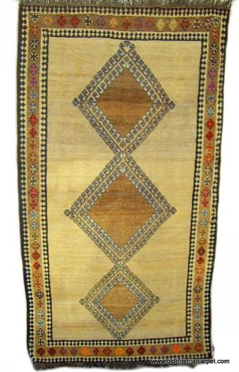 OLD GABEH PERSIAN TRIBAL RUG woven by Lurs in south west Persia.
