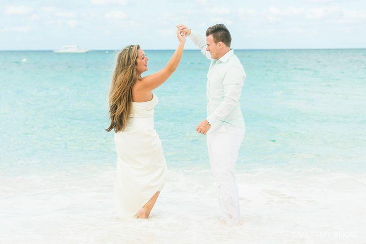 Beach Wedding Dresses Chicago : Weddings on resorts farm wedding photos and chicago