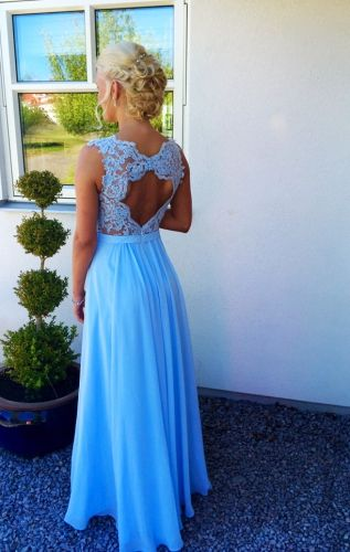 Linnea heart back lace gown