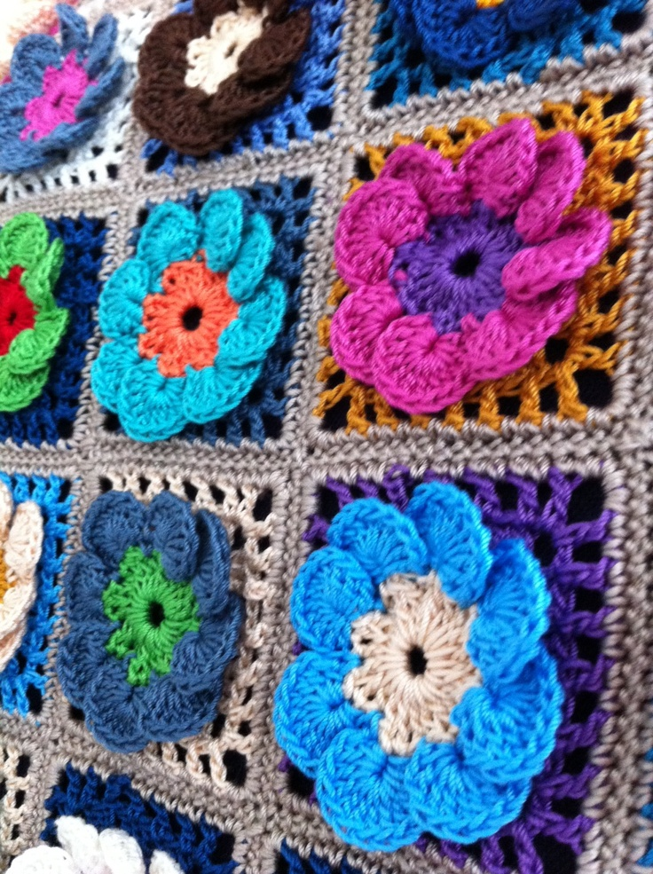187 best images about Crochet Flower Afghans on Pinterest ...