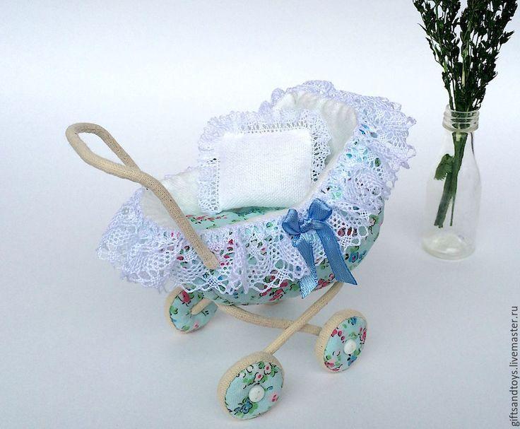Купить Колясочка и переноска для миниатюрной куколки - голубой, колясочка, переноска, коляска для кукол, кукольный дом