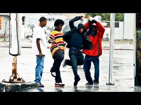 "TURF FEINZ ""RIP RichD"" YAK FILMS DANCING in the RAIN DANSE SOUS LA PLUIE HIPHOP STREET DANCE Oakland  WOW....WOW!!!"