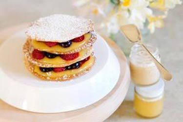 Honey wafers with lemon curd and berries