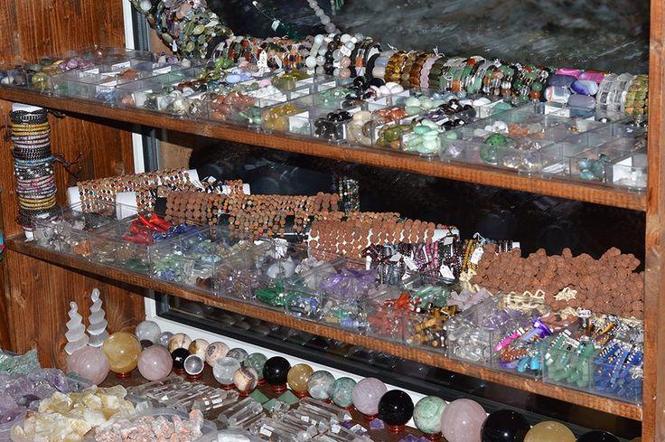 Bijuterii cu pietre semipretioase magazin