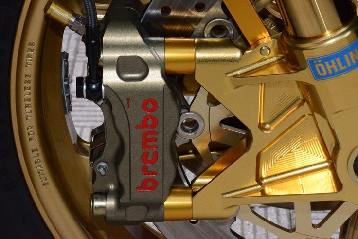 Yamaha R1 SP Brembo caliper