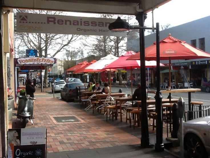The cafe scene in Nelson #gigatownnsn
