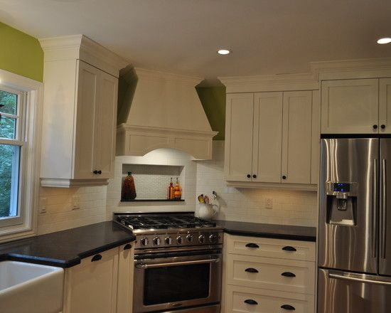 """I like this idea a lot, putting the stove in the corner of an """"L"""" kitchen"""