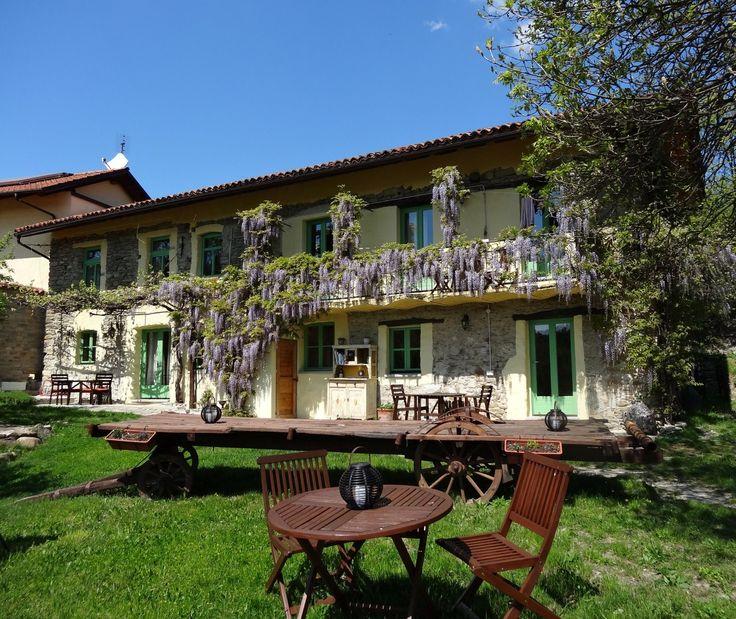 Foto-album: Ontdek de schoonheid van ons kleine Italiaanse paradijsje, midden in de groene heuvels op de grens van Piemonte en Ligurië in Italië.