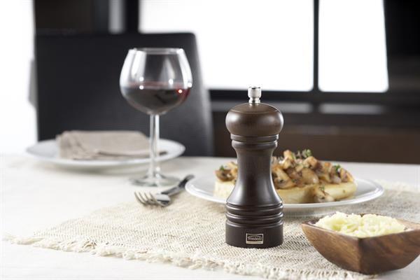 http://www.thekitchenette.fr/ustensiles-de-cuisine-Moulin-à-poivre-Professionnel-inox-40-cm-5050134--Trudeau/381 #Moulin à #poivre en bois espresso de 15 cm #trudeau #professionnel