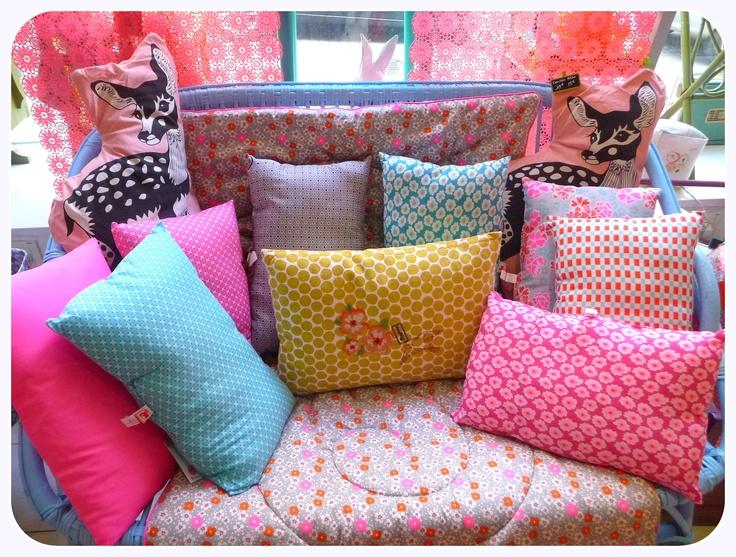 25 best ideas about petit pan on pinterest petit pan paris le petit pan and appartements n on. Black Bedroom Furniture Sets. Home Design Ideas