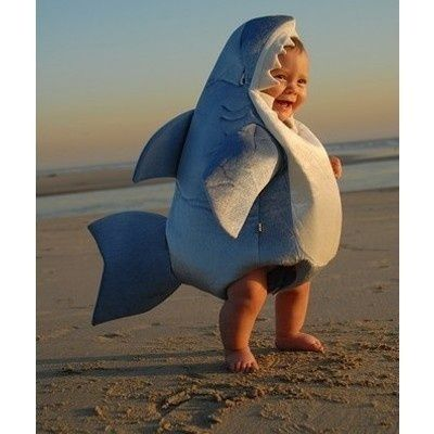 Baby Shark Costume  This picture almost makes me wish that I had a kid just so that I could put him/her in this costume for Halloween.