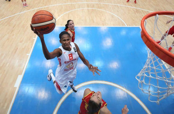 Eurobasket 2015 - Astou Ndour (Foto Facebook.com/FIBA)