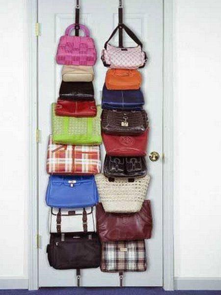 Las 25 mejores ideas sobre detr s de almacenamiento en la for Percheros para colgar bolsas
