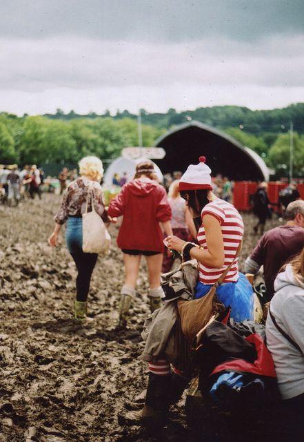 Glastonbury..........NUERO POR LLEVAR A MIS NANOS AL BARROOOOOOOO!