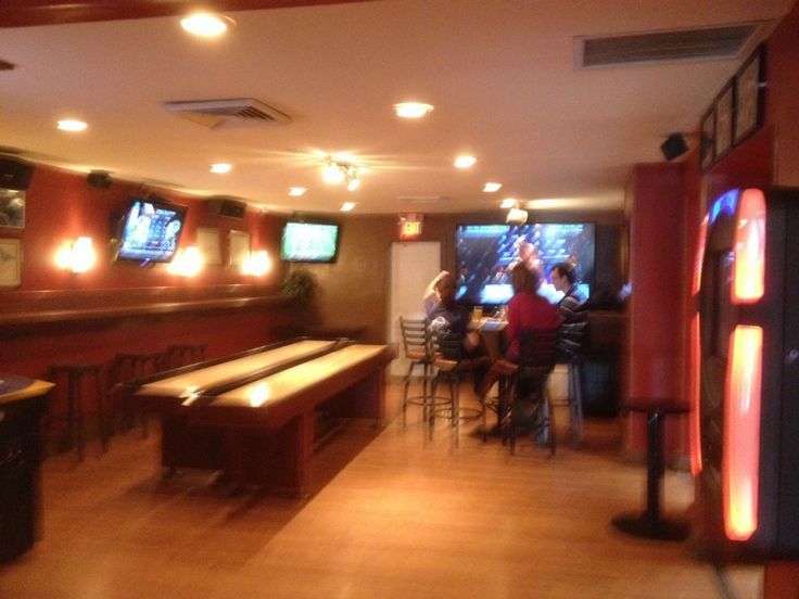 The Light Horse In Alexandria Va Plenty Of Tv 39 S Lots Of Space Some Of The Most Reasonable